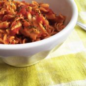 easy Banza pasta marinara both gluten-free and vegan made from chickpeas
