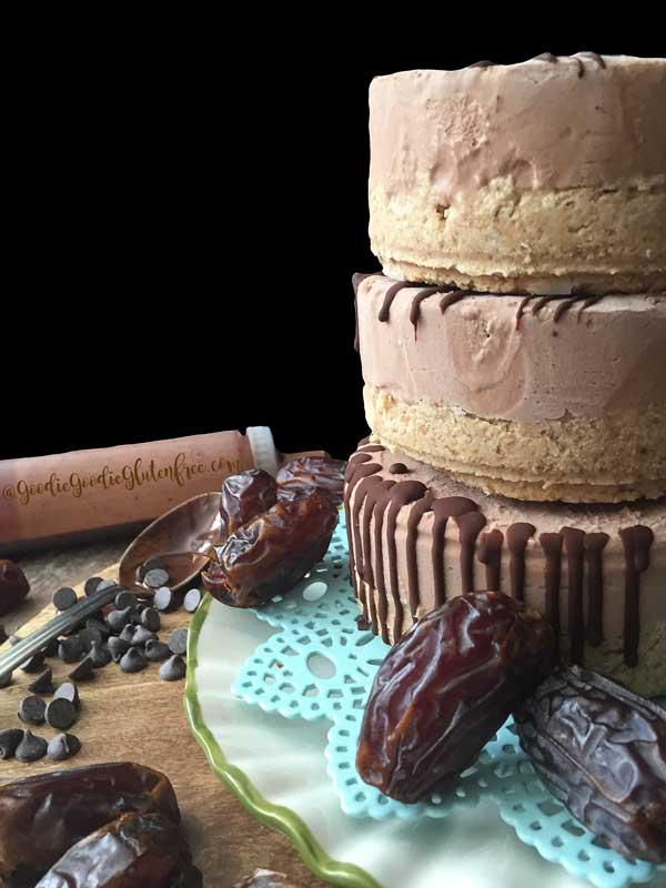 Chocolate Raw Cheesecake Gluten-Free