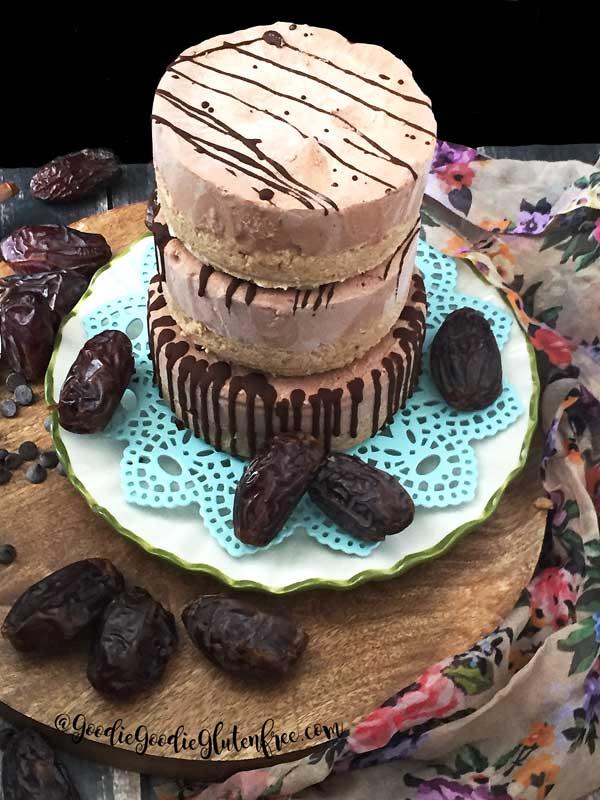 Raw Gluten-Free Chocolate Cheesecake