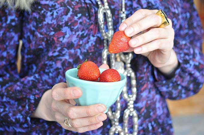Simple & Easy Strawberry Chocolate Avocado Mousse! Gluten-Free, Paleo, Vegan and decadent!!