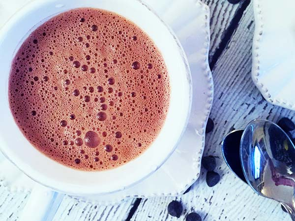 dairy free hot cocoa cardamom