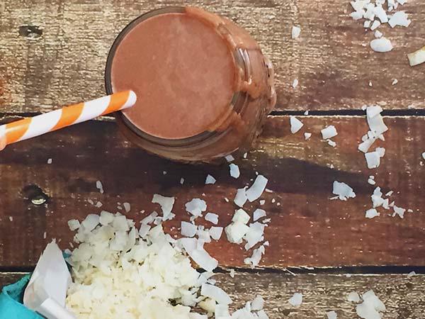 dairy free chocolate zucchini smoothie