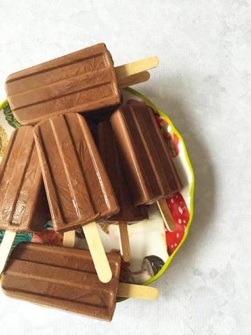 gluten free coconut cream chocolate fudgesicles