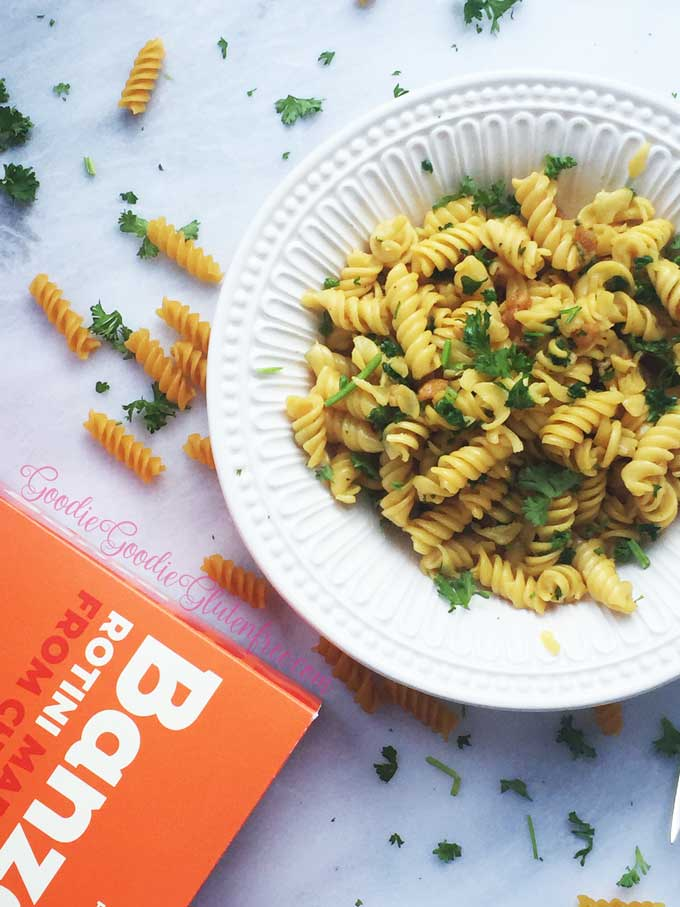 gluten-free vegan garlic knot pasta