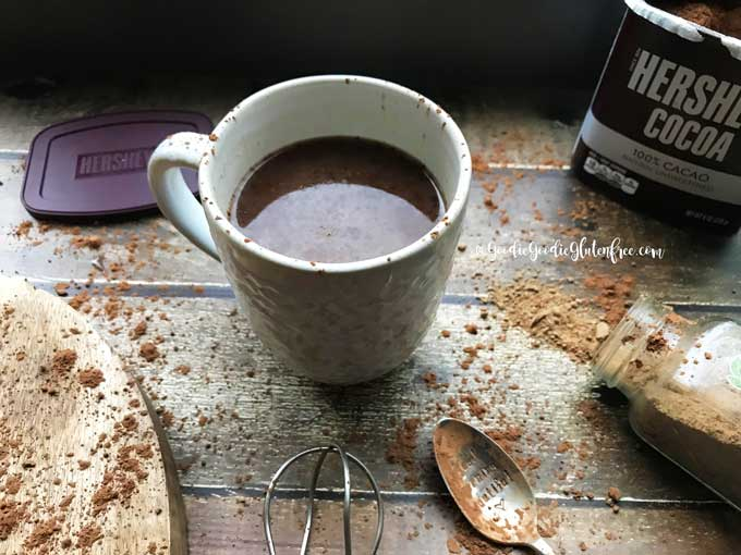 Easy superfood hot cocoa vegan paleo sugar free