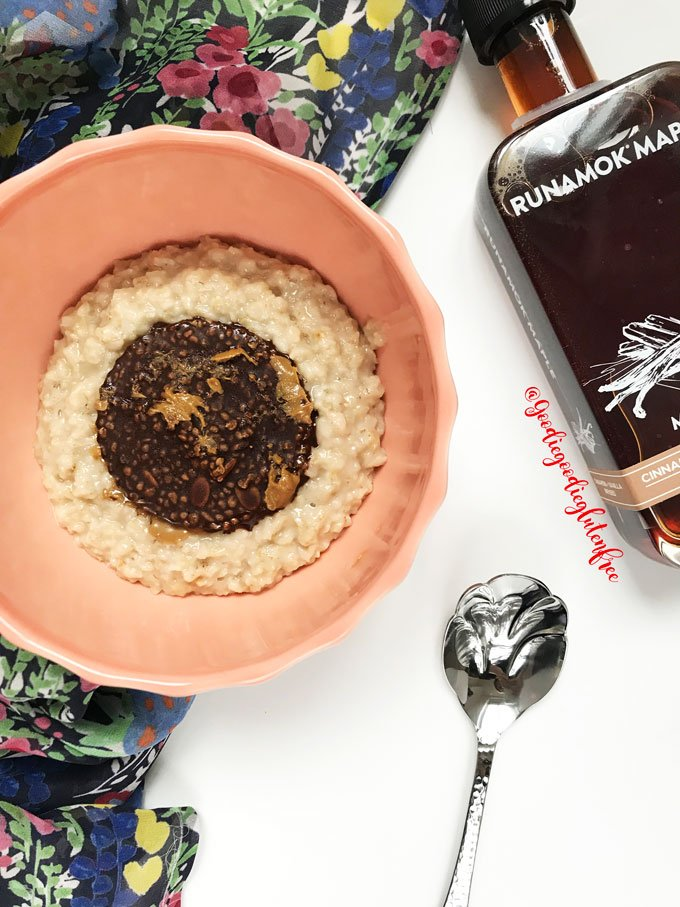simple gluten free cinnamon vanilla infused oatmeal