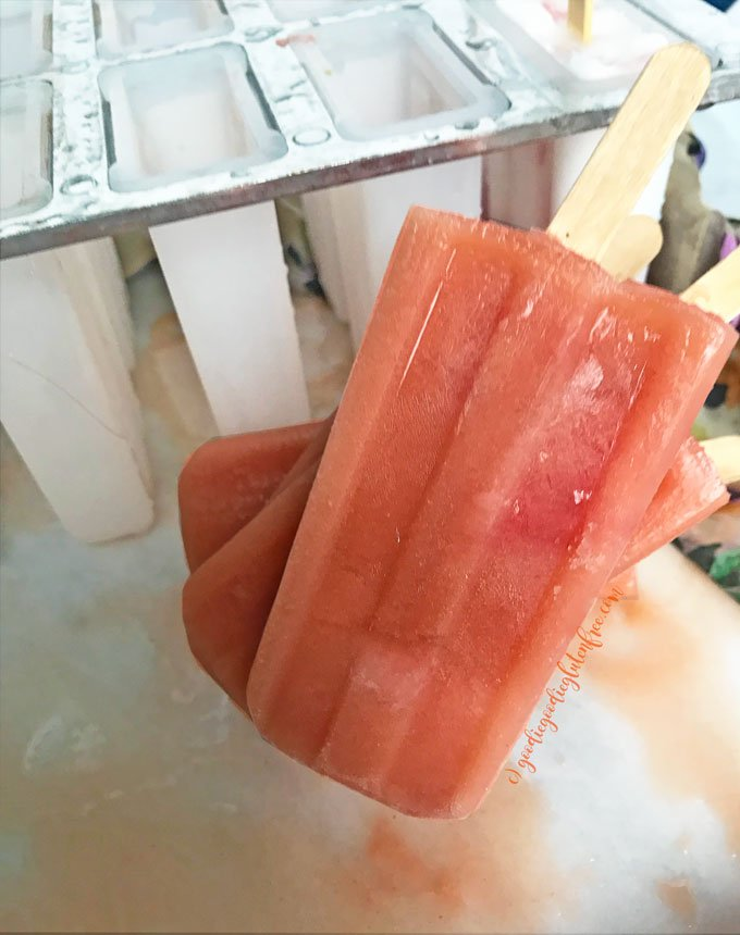 cantaloupe strawberry refreshing popsicles