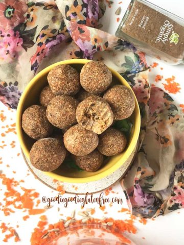 bliss balls carrot cake